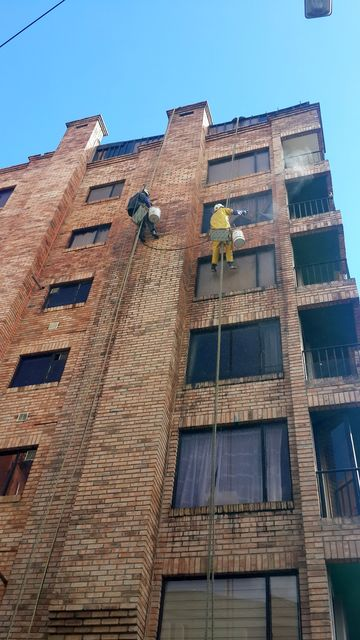 Nettoyage façade équilibriste_03